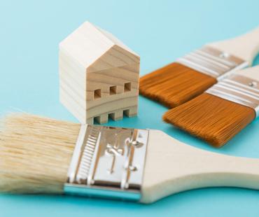 屋根も定期的な塗装が必要です!雨漏りしないために点検を受けましょう!