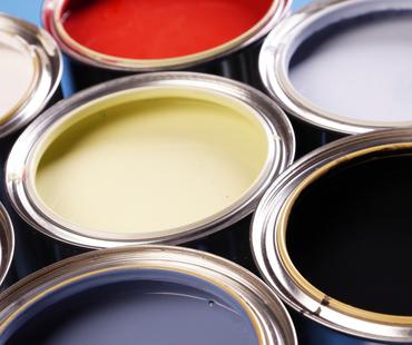 知っておきたい塗料の耐久性と特徴